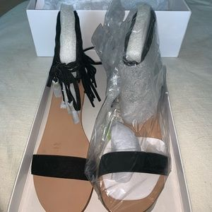 NWT Finick Black Suede Fringe Sandals